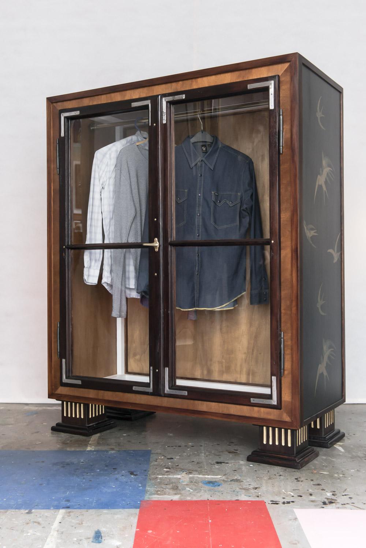 Kleiderschrank Schwalben - HOLZHAI BERLIN